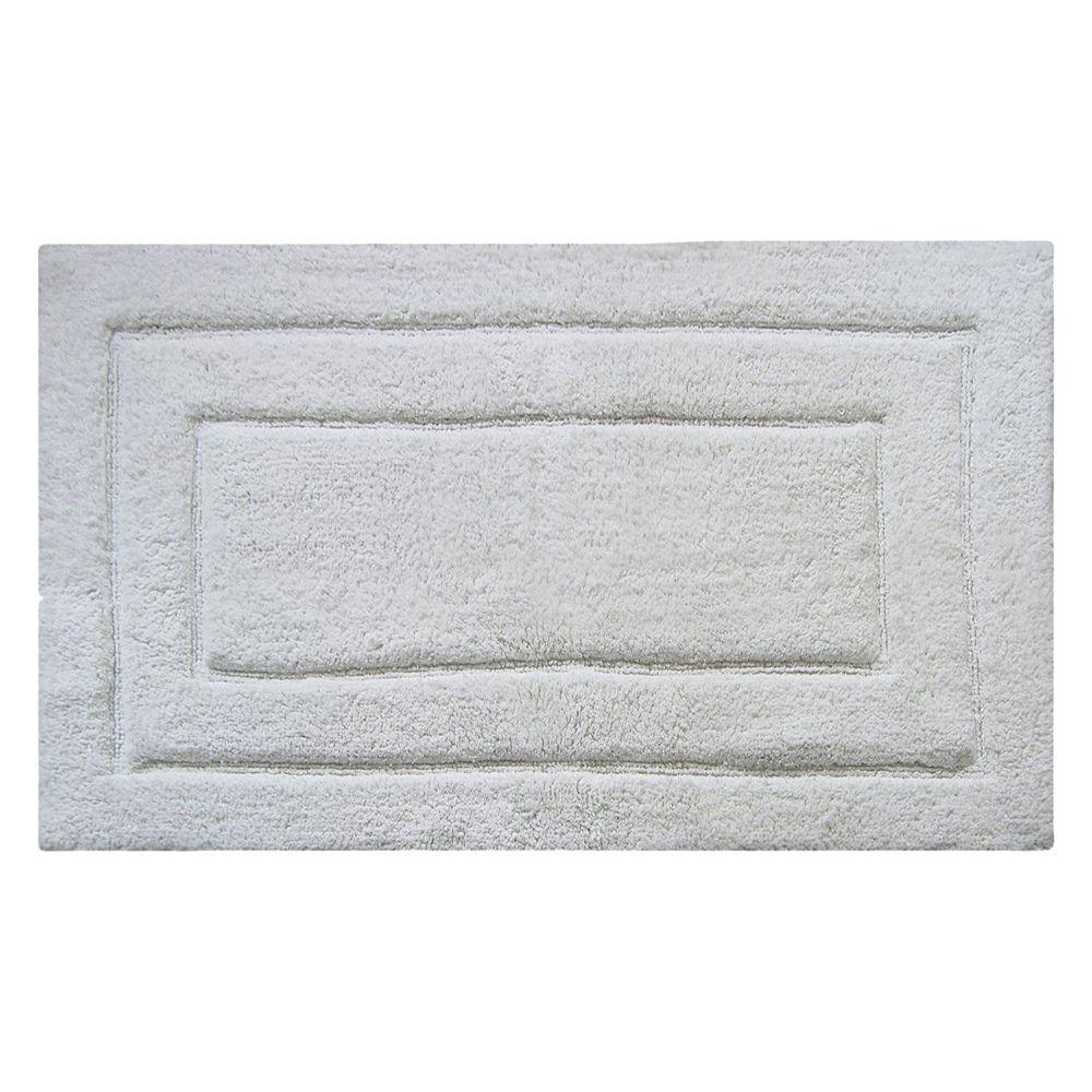 Beautiful Classic Bath Rug - White
