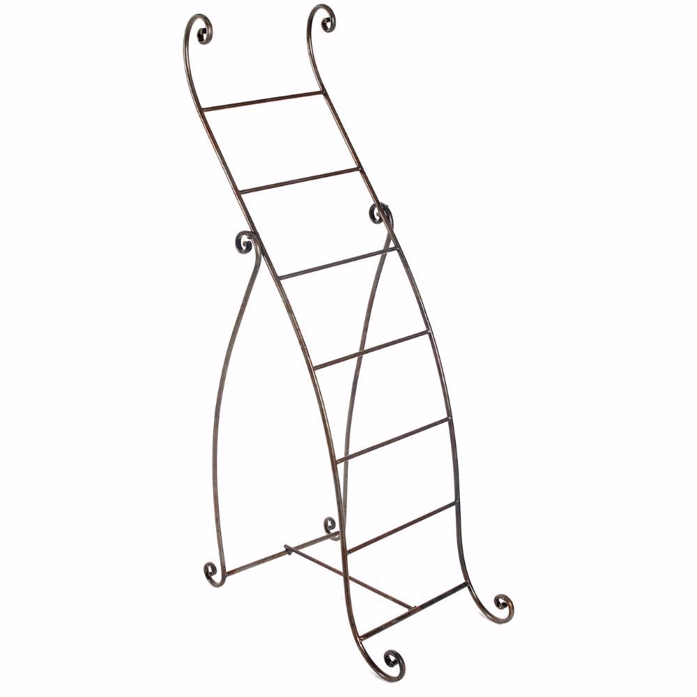 Well Designed Standing Metal Towel Rack, Silver