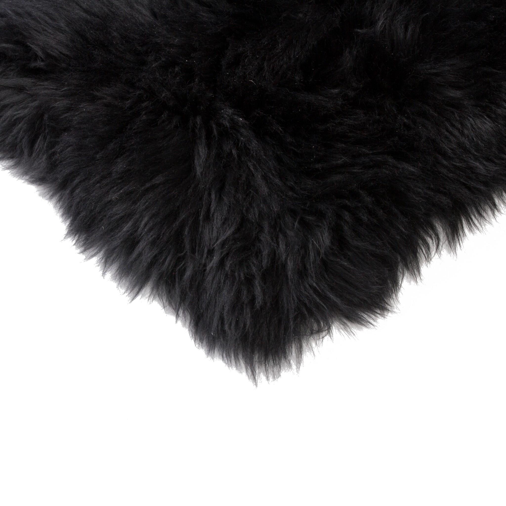 "17"" X 17"" Black Sheepskin Chair Seat Cover"