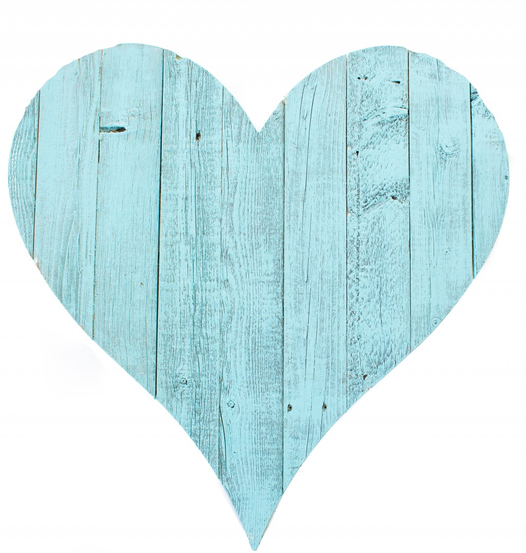 """18"""" Rustic Farmhouse Turquoise Wooden Heart"""
